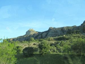 france-cap-esterel-autoroute-green-hillsides