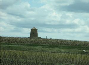 france-cap-esterel-autoroute-tower