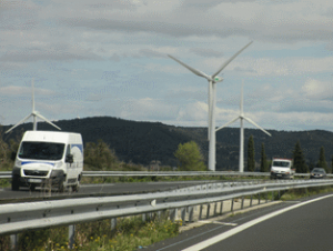 france-cap-esterel-autoroute-windmills