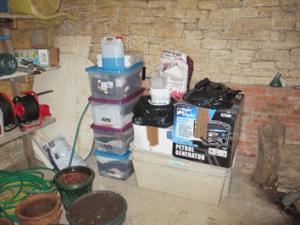 france-gindou-jordy-stuff-in-storage