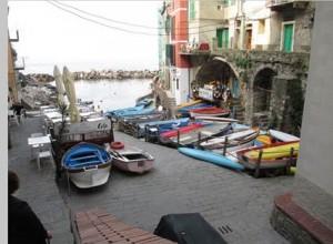 cinque-terre-italy-boats-thumb
